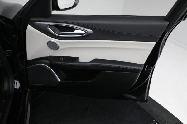 Used 2018 Alfa Romeo Giulia Ti Sport Q4 for sale $34,900 at Aston Martin of Greenwich in Greenwich CT 06830 19