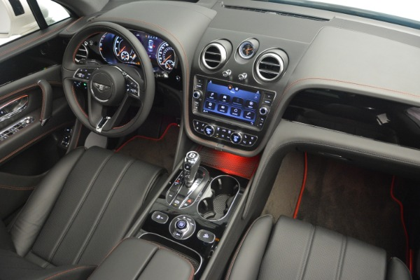 Used 2019 Bentley Bentayga V8 for sale Sold at Aston Martin of Greenwich in Greenwich CT 06830 28
