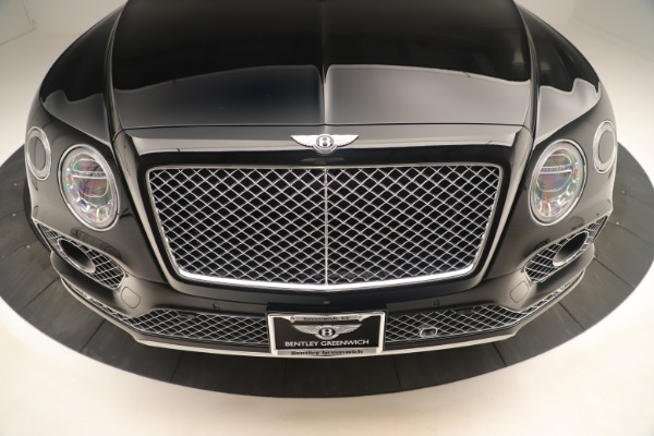 Used 2018 Bentley Bentayga W12 Signature for sale Sold at Aston Martin of Greenwich in Greenwich CT 06830 13
