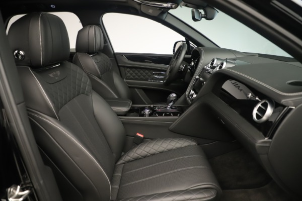 Used 2018 Bentley Bentayga W12 Signature for sale Sold at Aston Martin of Greenwich in Greenwich CT 06830 28