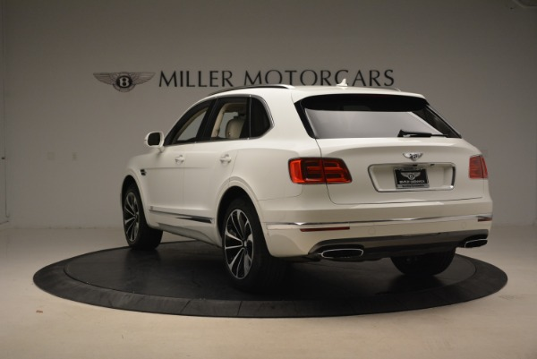 Used 2018 Bentley Bentayga Signature for sale Sold at Aston Martin of Greenwich in Greenwich CT 06830 5