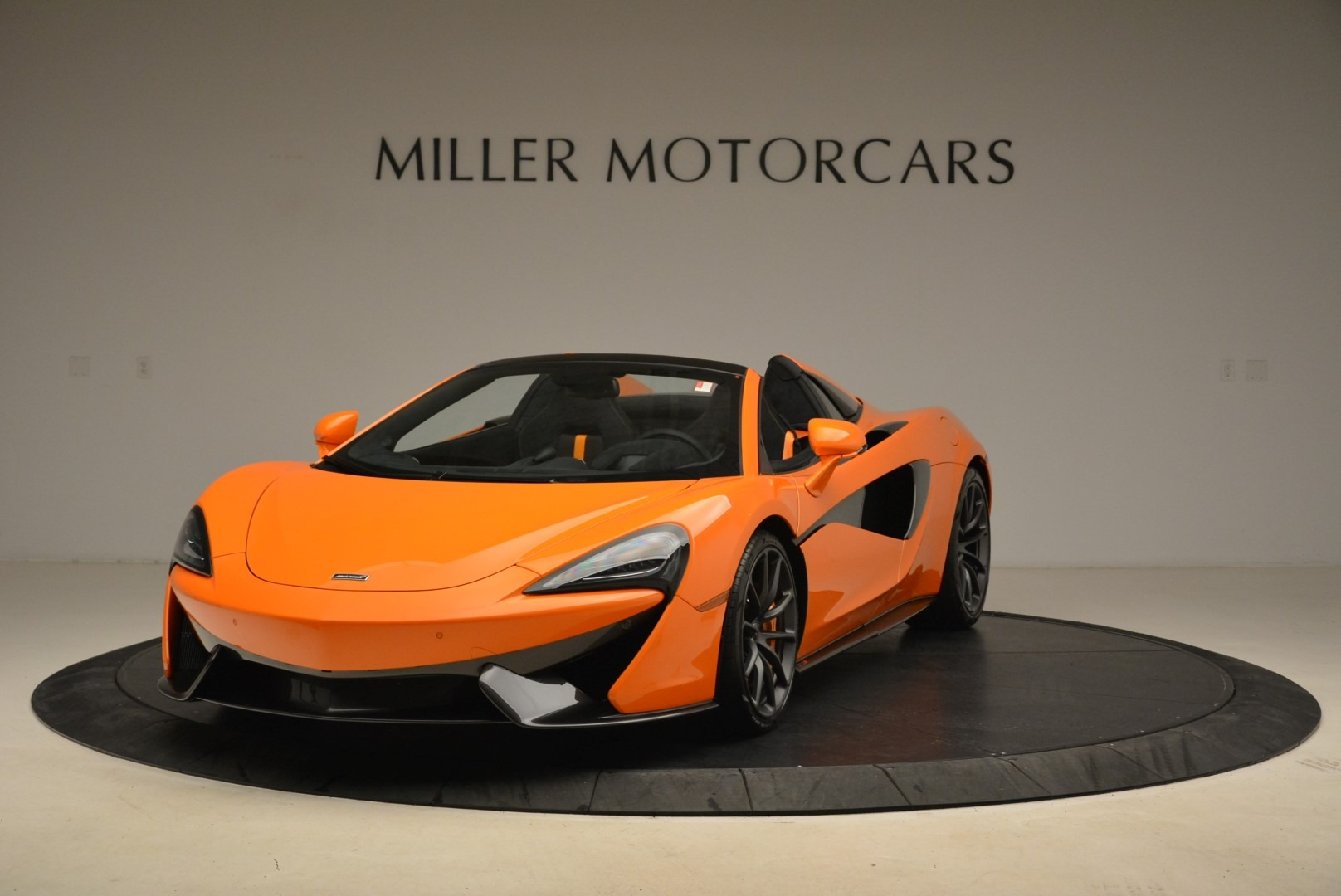 Used 2018 McLaren 570S Spider Convertible for sale Sold at Aston Martin of Greenwich in Greenwich CT 06830 1