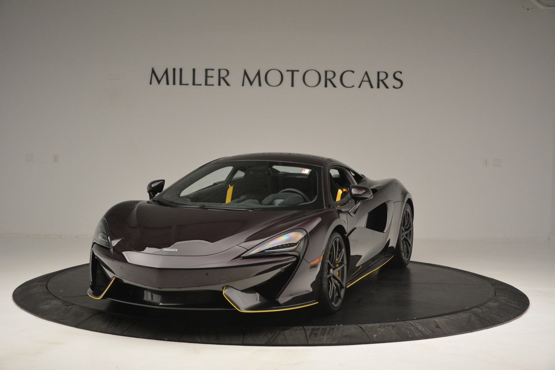 Used 2018 McLaren 570S for sale Sold at Aston Martin of Greenwich in Greenwich CT 06830 1