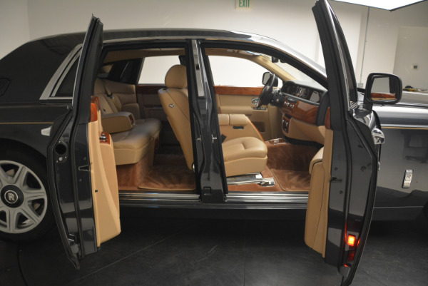 Used 2013 Rolls-Royce Phantom for sale Sold at Aston Martin of Greenwich in Greenwich CT 06830 11
