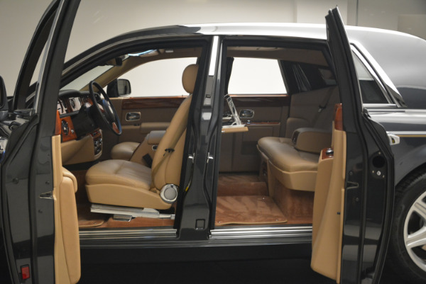 Used 2013 Rolls-Royce Phantom for sale Sold at Aston Martin of Greenwich in Greenwich CT 06830 12