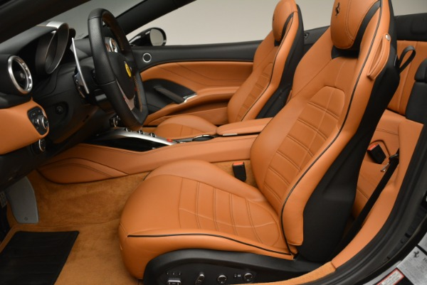 Used 2015 Ferrari California T for sale Sold at Aston Martin of Greenwich in Greenwich CT 06830 26