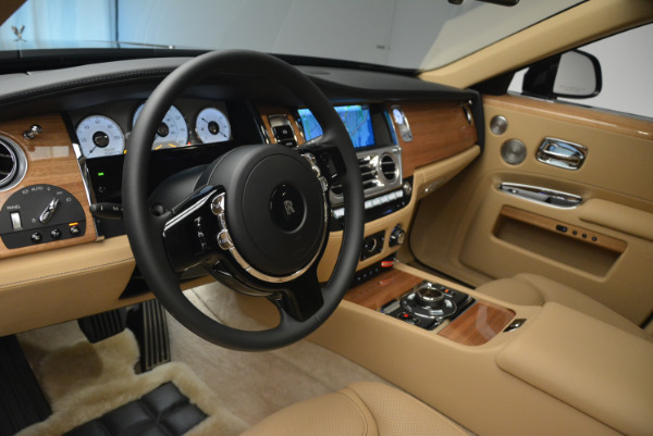 Used 2018 Rolls-Royce Ghost for sale Sold at Aston Martin of Greenwich in Greenwich CT 06830 17