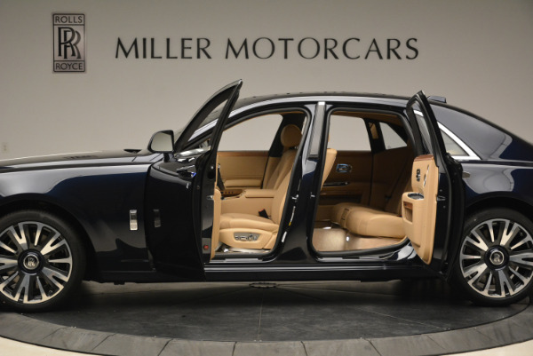 Used 2018 Rolls-Royce Ghost for sale Sold at Aston Martin of Greenwich in Greenwich CT 06830 5