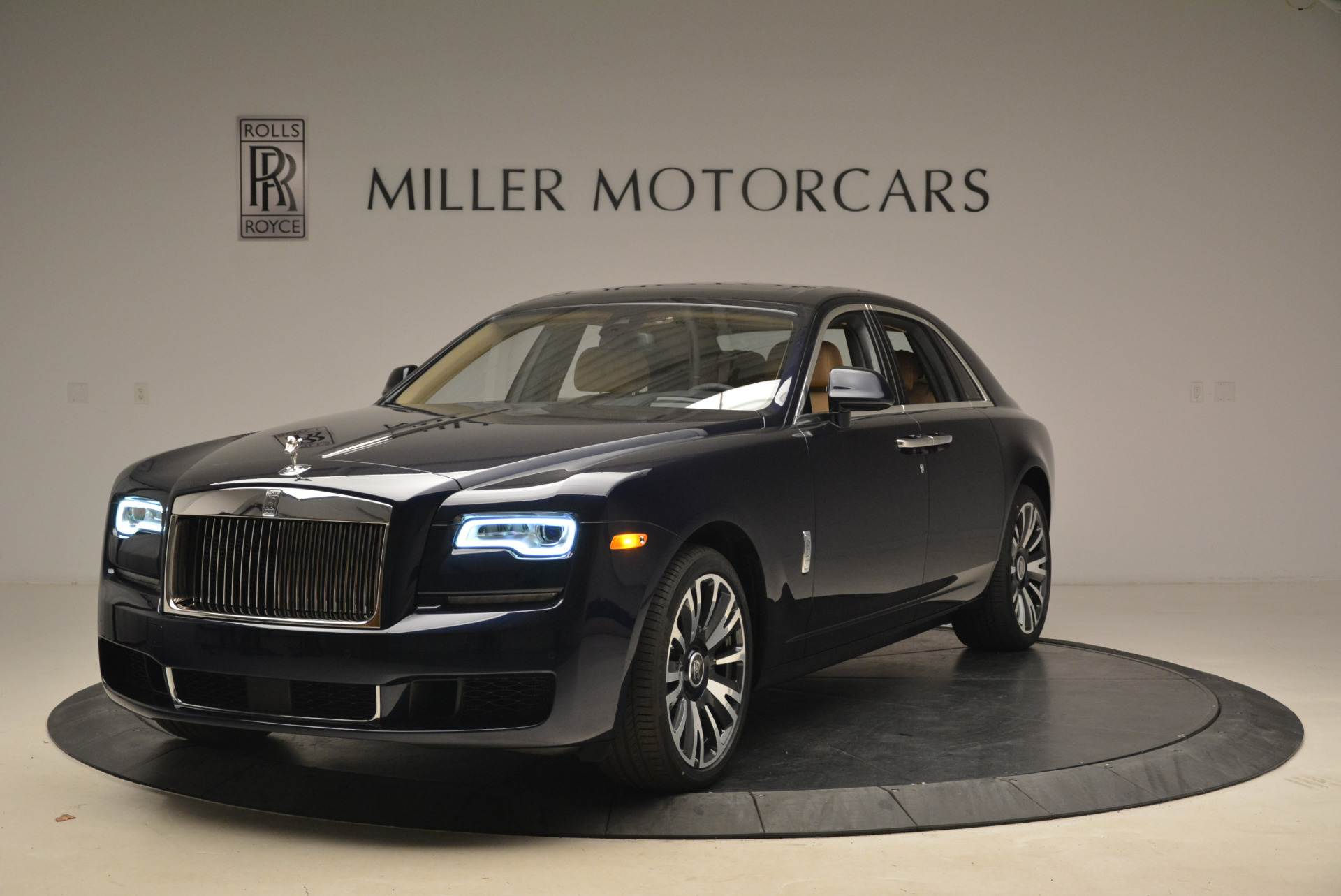 Used 2018 Rolls-Royce Ghost for sale Sold at Aston Martin of Greenwich in Greenwich CT 06830 1