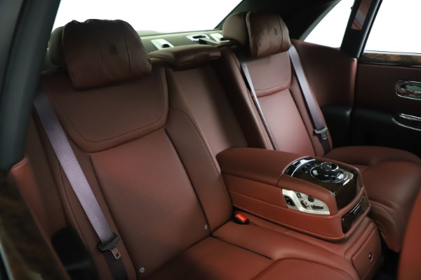 Used 2016 Rolls-Royce Ghost for sale $167,900 at Aston Martin of Greenwich in Greenwich CT 06830 16