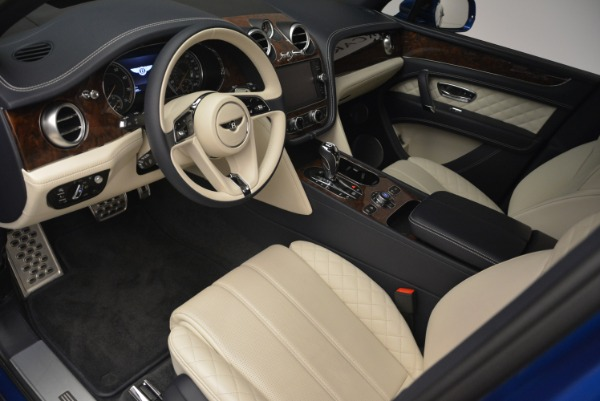 Used 2018 Bentley Bentayga W12 Signature for sale $169,900 at Aston Martin of Greenwich in Greenwich CT 06830 16
