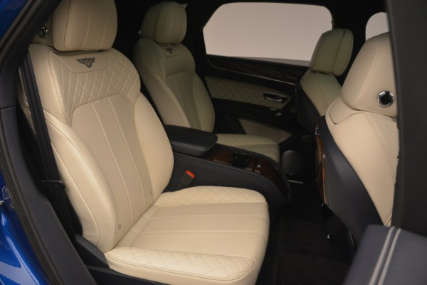 Used 2018 Bentley Bentayga W12 Signature for sale Sold at Aston Martin of Greenwich in Greenwich CT 06830 25