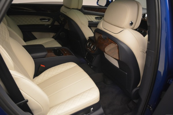 Used 2018 Bentley Bentayga W12 Signature for sale $169,900 at Aston Martin of Greenwich in Greenwich CT 06830 26