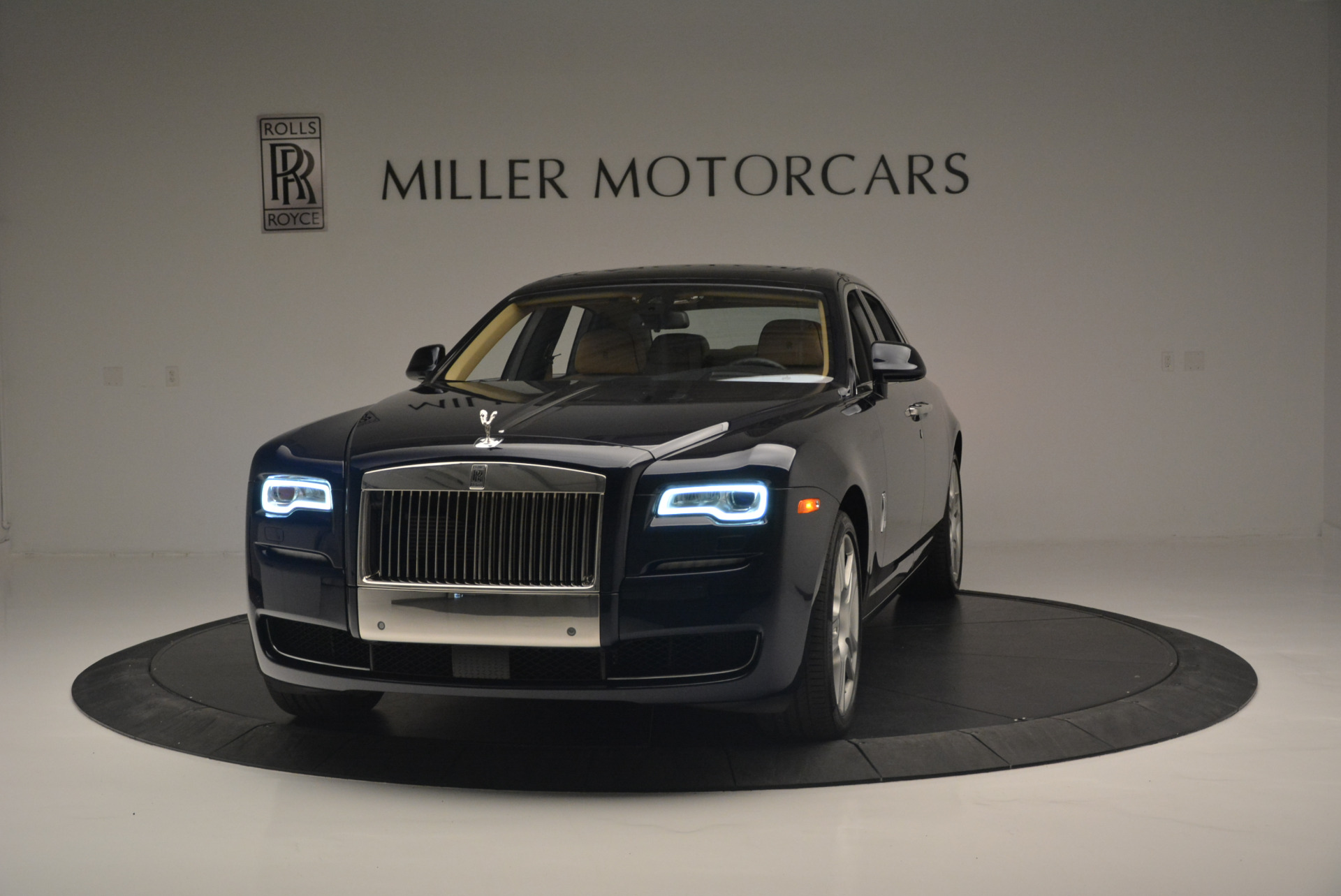 Used 2015 Rolls-Royce Ghost for sale Sold at Aston Martin of Greenwich in Greenwich CT 06830 1