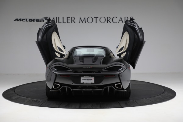 New 2018 McLaren 570S Spider for sale Sold at Aston Martin of Greenwich in Greenwich CT 06830 25