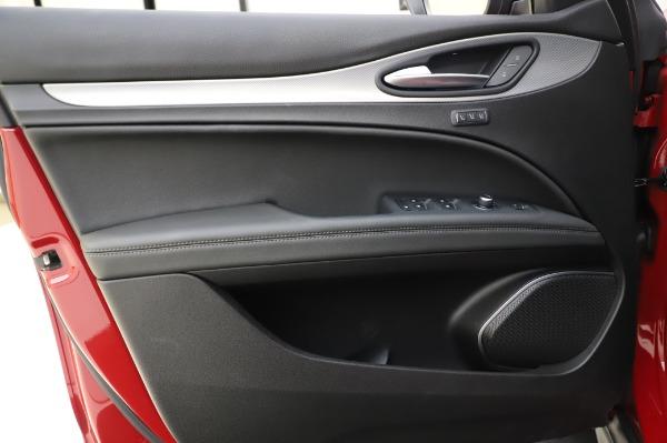Used 2018 Alfa Romeo Stelvio Sport Q4 for sale Sold at Aston Martin of Greenwich in Greenwich CT 06830 18