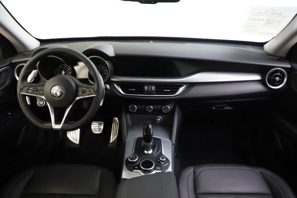 Used 2018 Alfa Romeo Stelvio Sport Q4 for sale Sold at Aston Martin of Greenwich in Greenwich CT 06830 28