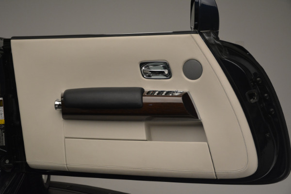 Used 2014 Rolls-Royce Phantom Drophead Coupe for sale Sold at Aston Martin of Greenwich in Greenwich CT 06830 21
