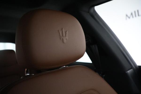 New 2018 Maserati Quattroporte S Q4 for sale Sold at Aston Martin of Greenwich in Greenwich CT 06830 23