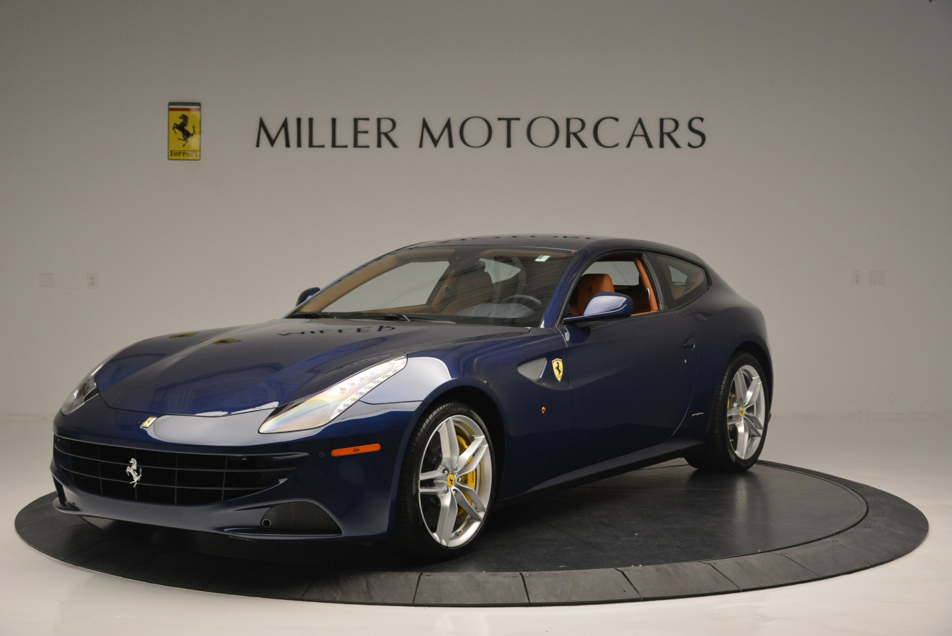 Used 2015 Ferrari FF for sale $159,900 at Aston Martin of Greenwich in Greenwich CT 06830 1