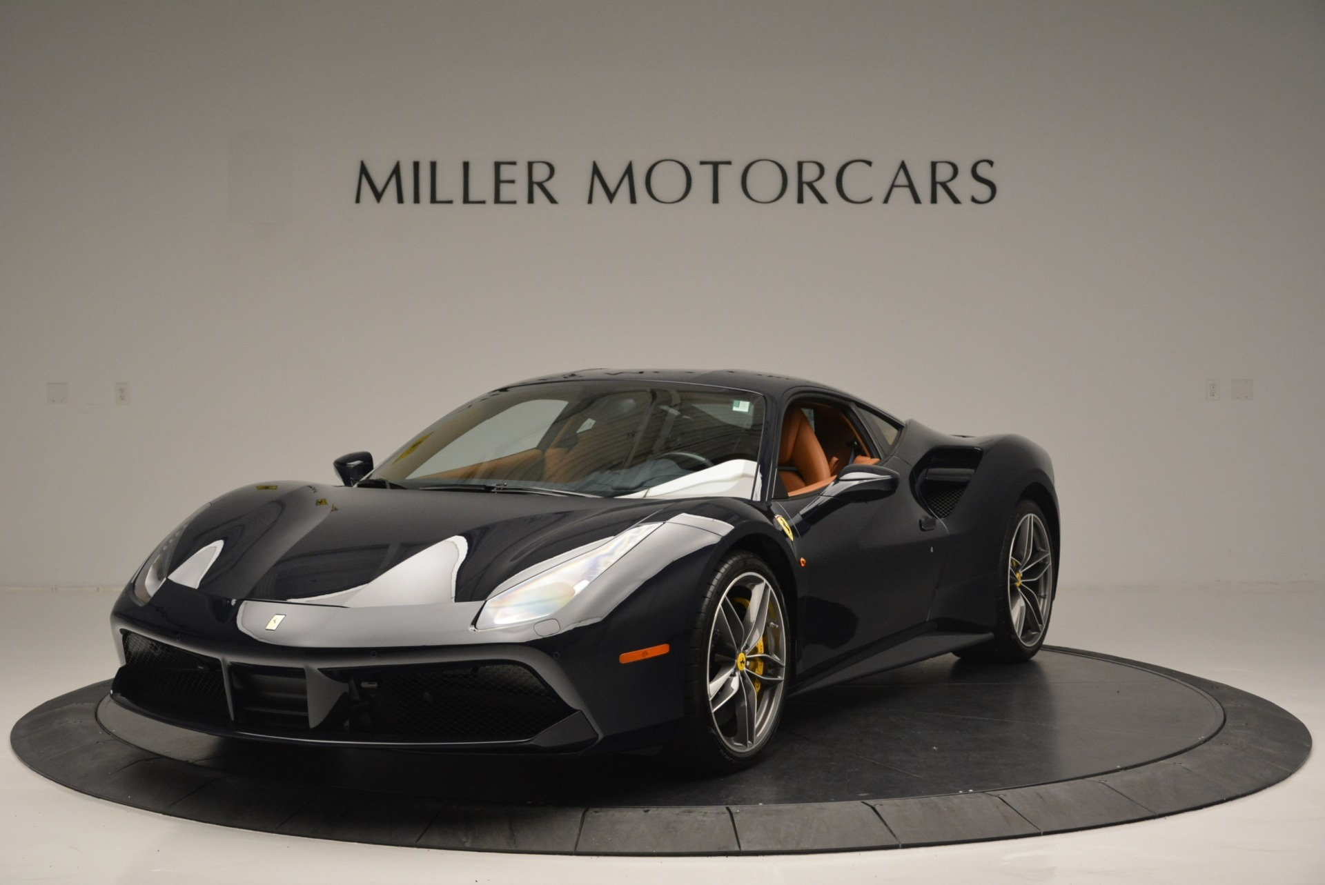 Pre Owned 2018 Ferrari 488 Gtb For Sale Special Pricing Aston Martin Of Greenwich Stock 4600