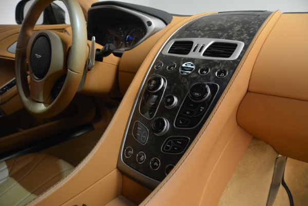 Used 2018 Aston Martin Vanquish S Coupe for sale Sold at Aston Martin of Greenwich in Greenwich CT 06830 19