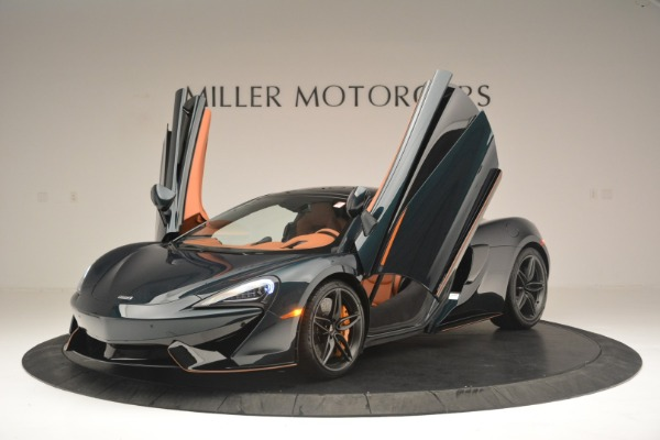 New 2018 McLaren 570GT Coupe for sale Sold at Aston Martin of Greenwich in Greenwich CT 06830 14