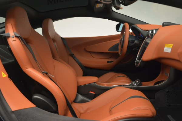 New 2018 McLaren 570GT Coupe for sale Sold at Aston Martin of Greenwich in Greenwich CT 06830 20
