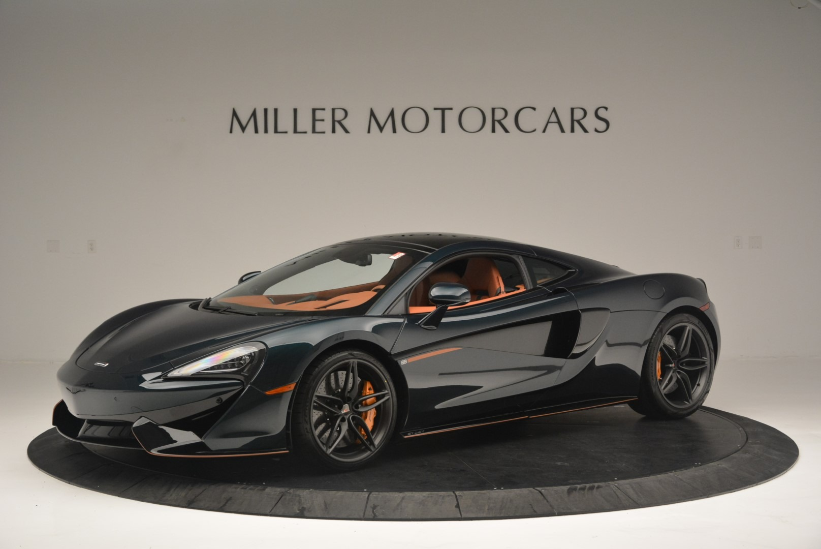New 2018 McLaren 570GT Coupe for sale Sold at Aston Martin of Greenwich in Greenwich CT 06830 1