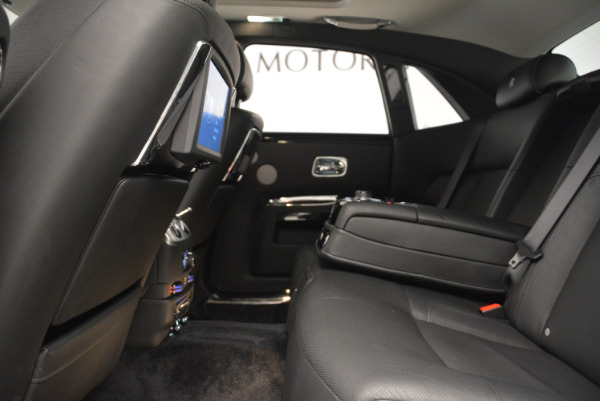 Used 2012 Rolls-Royce Ghost for sale Sold at Aston Martin of Greenwich in Greenwich CT 06830 19