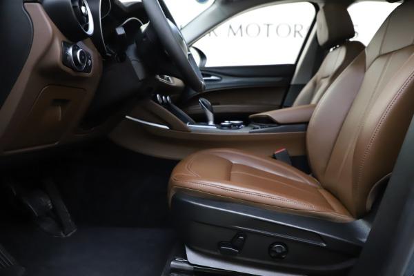 Used 2018 Alfa Romeo Stelvio Ti Q4 for sale $32,900 at Aston Martin of Greenwich in Greenwich CT 06830 14