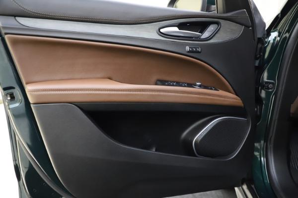 Used 2018 Alfa Romeo Stelvio Ti Q4 for sale $32,900 at Aston Martin of Greenwich in Greenwich CT 06830 17