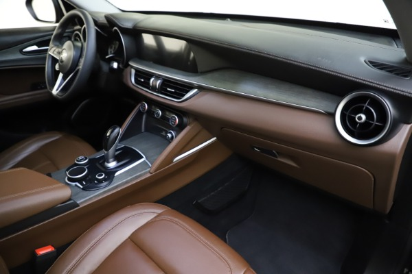 Used 2018 Alfa Romeo Stelvio Ti Q4 for sale $32,900 at Aston Martin of Greenwich in Greenwich CT 06830 22