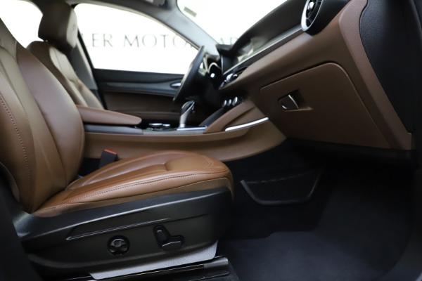 Used 2018 Alfa Romeo Stelvio Ti Q4 for sale $32,900 at Aston Martin of Greenwich in Greenwich CT 06830 23