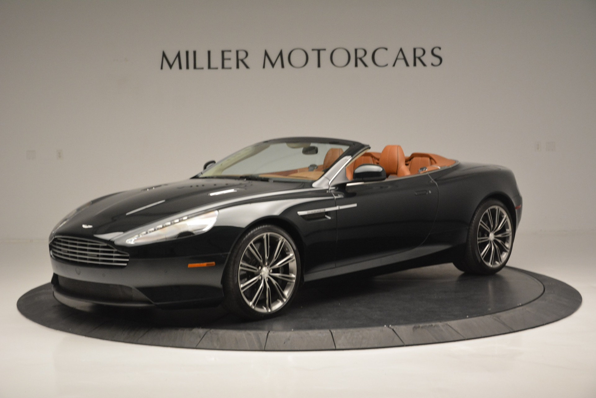 Pre Owned 2012 Aston Martin Virage Volante For Sale Special Pricing Aston Martin Of Greenwich Stock 7641