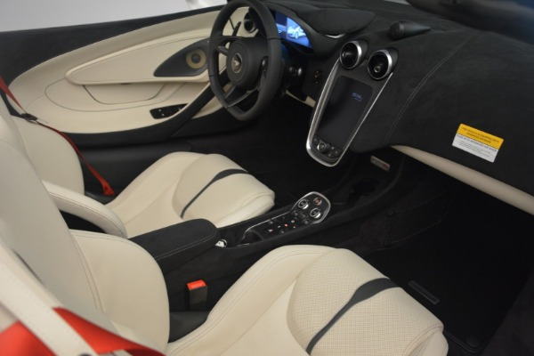 Used 2019 McLaren 570S Spider Convertible for sale $169,900 at Aston Martin of Greenwich in Greenwich CT 06830 26