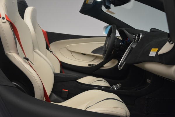 Used 2019 McLaren 570S Spider Convertible for sale $169,900 at Aston Martin of Greenwich in Greenwich CT 06830 27