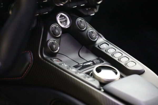 New 2019 Aston Martin Vantage V8 for sale Sold at Aston Martin of Greenwich in Greenwich CT 06830 20