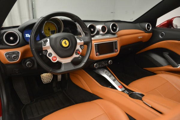 Used 2016 Ferrari California T for sale Sold at Aston Martin of Greenwich in Greenwich CT 06830 25