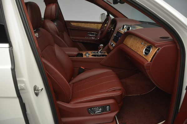 New 2019 Bentley Bentayga V8 for sale Sold at Aston Martin of Greenwich in Greenwich CT 06830 27