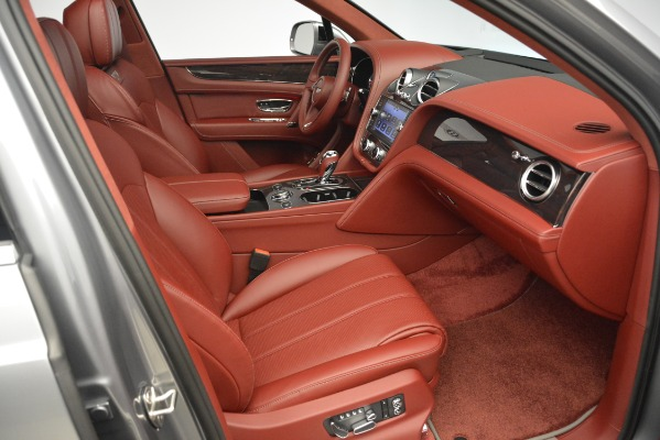 Used 2019 Bentley Bentayga V8 for sale Sold at Aston Martin of Greenwich in Greenwich CT 06830 26
