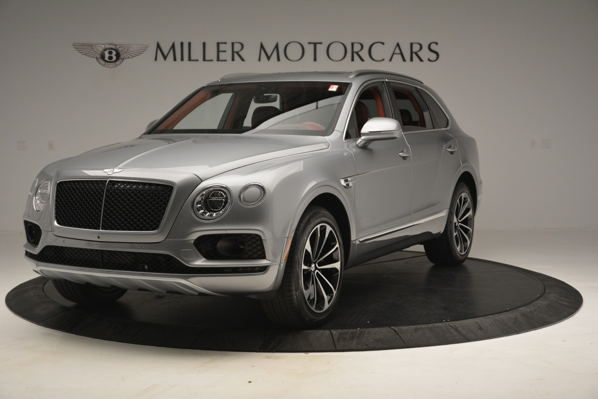 Used 2019 Bentley Bentayga V8 for sale Sold at Aston Martin of Greenwich in Greenwich CT 06830 1