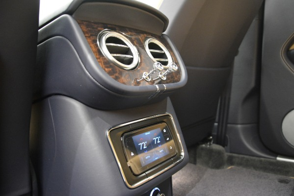 New 2019 Bentley Bentayga V8 for sale Sold at Aston Martin of Greenwich in Greenwich CT 06830 26