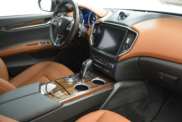 Used 2019 Maserati Ghibli S Q4 for sale Sold at Aston Martin of Greenwich in Greenwich CT 06830 17