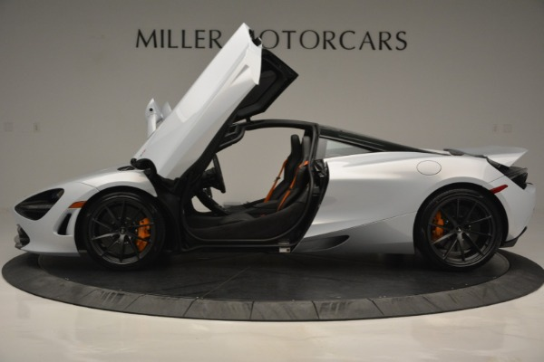 New 2019 McLaren 720S Coupe for sale $344,340 at Aston Martin of Greenwich in Greenwich CT 06830 16