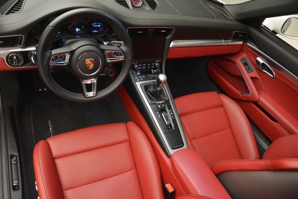 Used 2017 Porsche 911 Targa 4S for sale Sold at Aston Martin of Greenwich in Greenwich CT 06830 13
