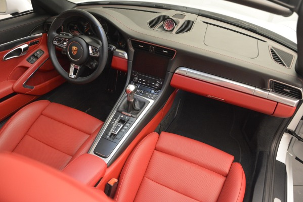 Used 2017 Porsche 911 Targa 4S for sale Sold at Aston Martin of Greenwich in Greenwich CT 06830 21