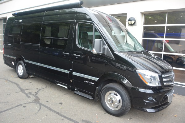 Used 2014 Mercedes-Benz Sprinter 3500 Airstream Lounge Extended for sale Sold at Aston Martin of Greenwich in Greenwich CT 06830 8