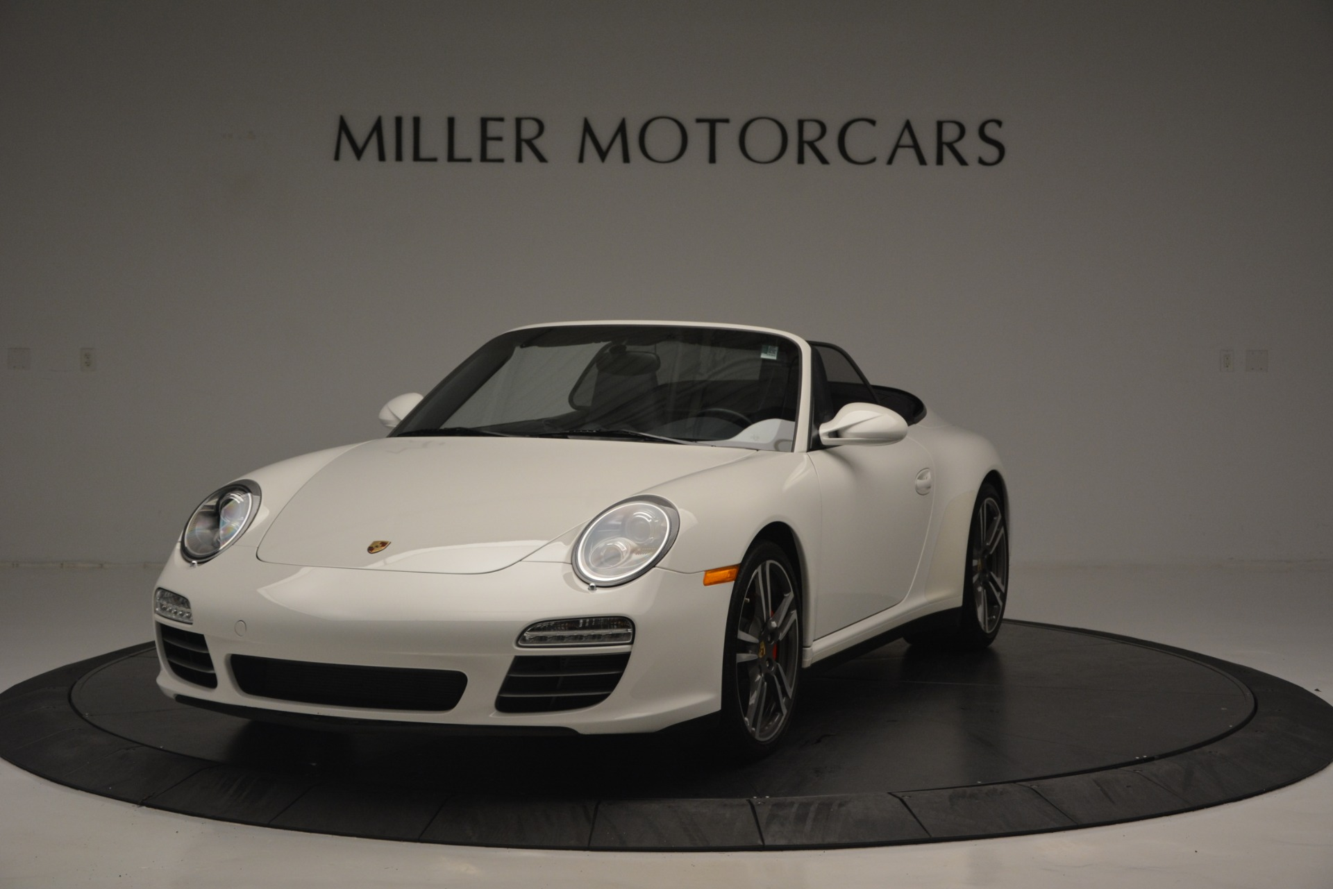Used 2011 Porsche 911 Carrera 4S for sale Sold at Aston Martin of Greenwich in Greenwich CT 06830 1