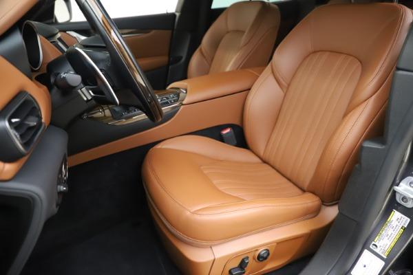 Used 2019 Maserati Levante Q4 GranLusso for sale Sold at Aston Martin of Greenwich in Greenwich CT 06830 15